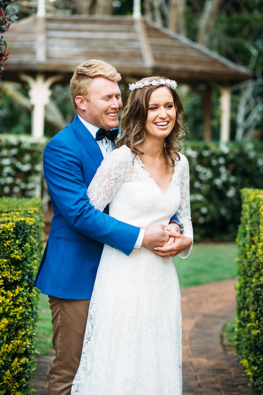 Tamborine Gardens wedding couple cuddling